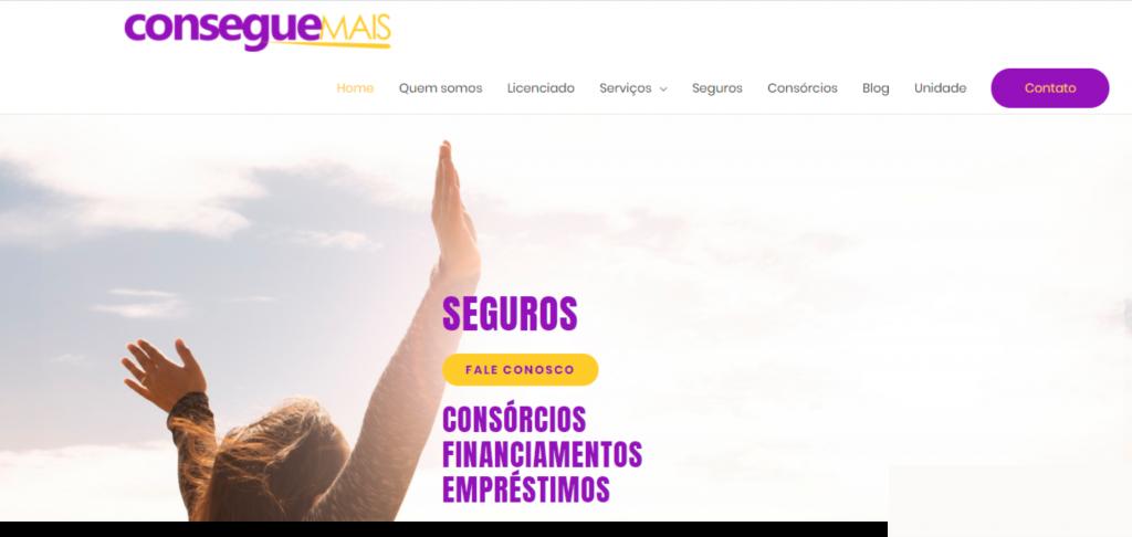 imagem de um site onde se vê uma mulher com mãos pra cima.